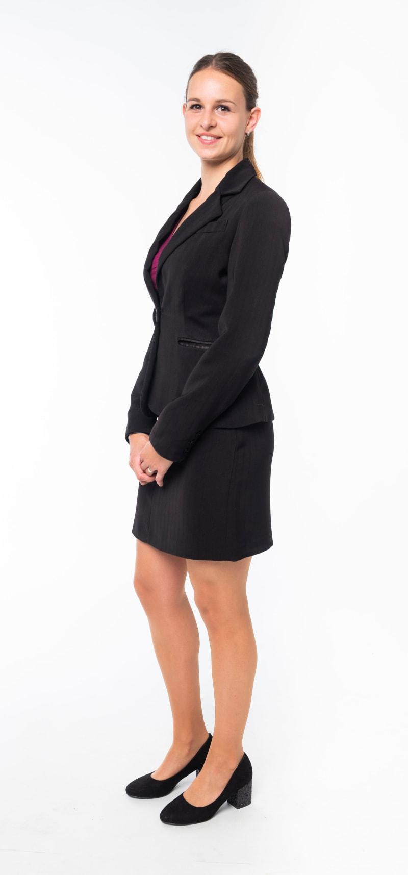 Tailleur noir et jupe droite 2