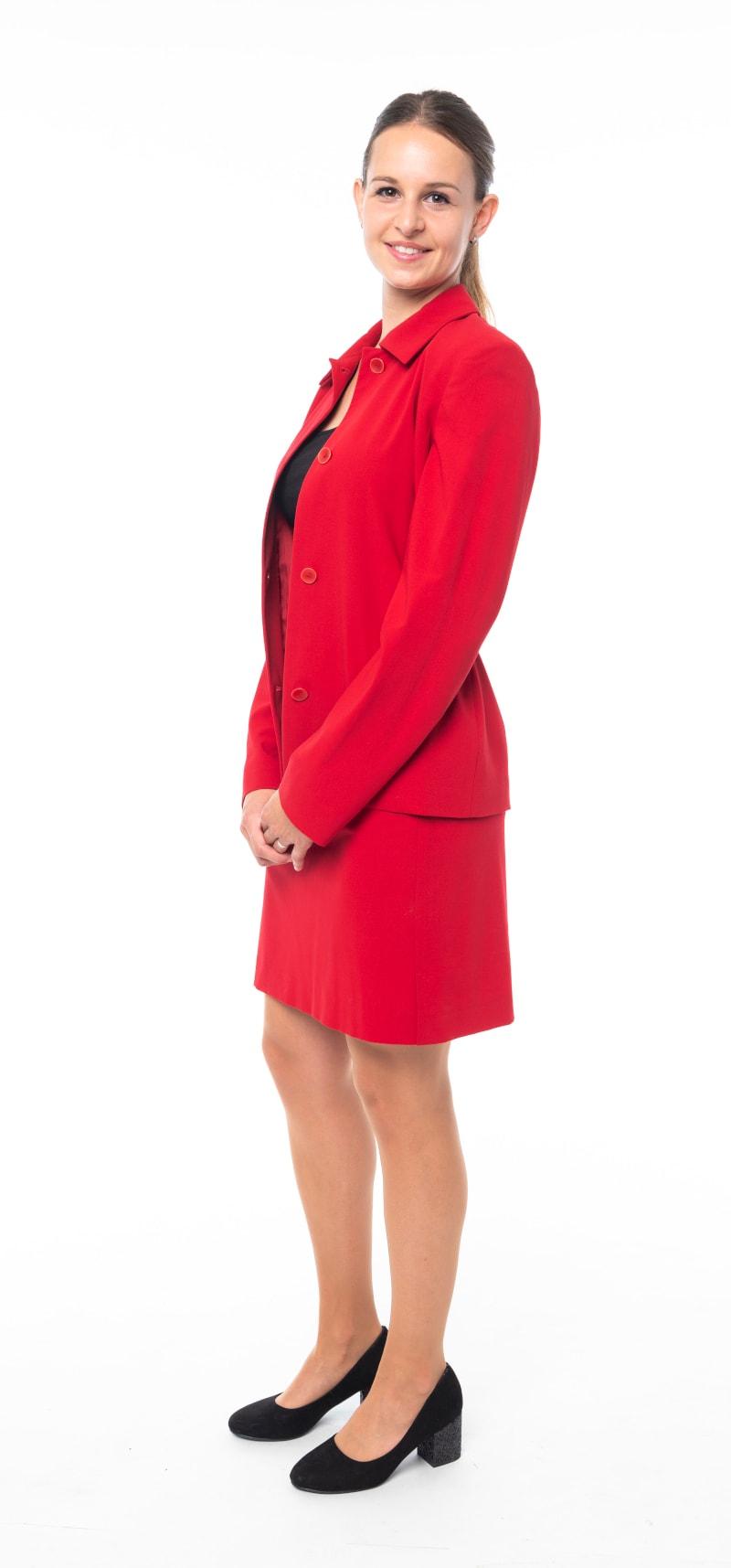 Tailleur rouge veste ouverte 2
